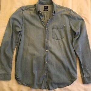 Gap Standard Fit Button Down